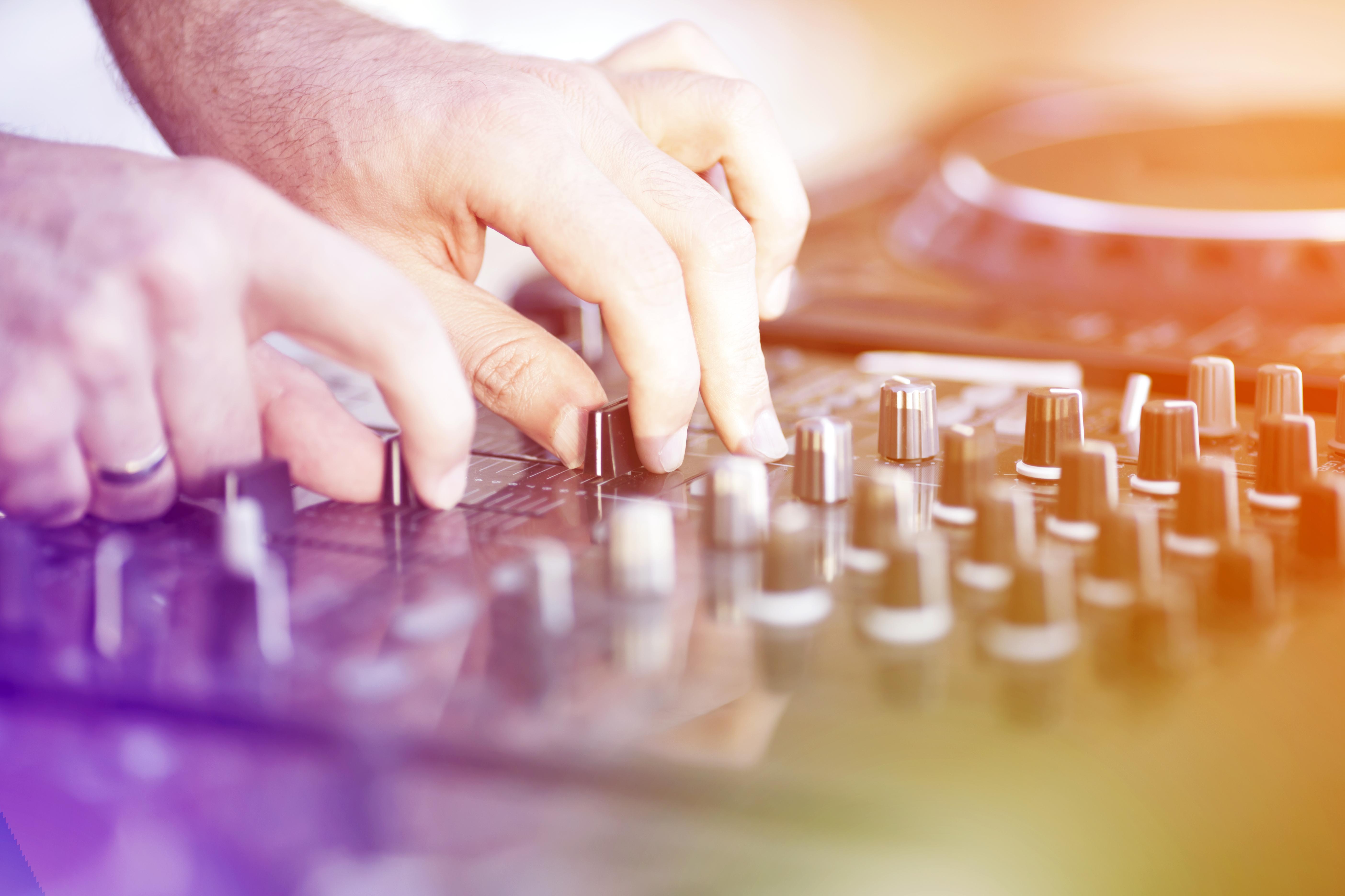 Easter Evening DJ
