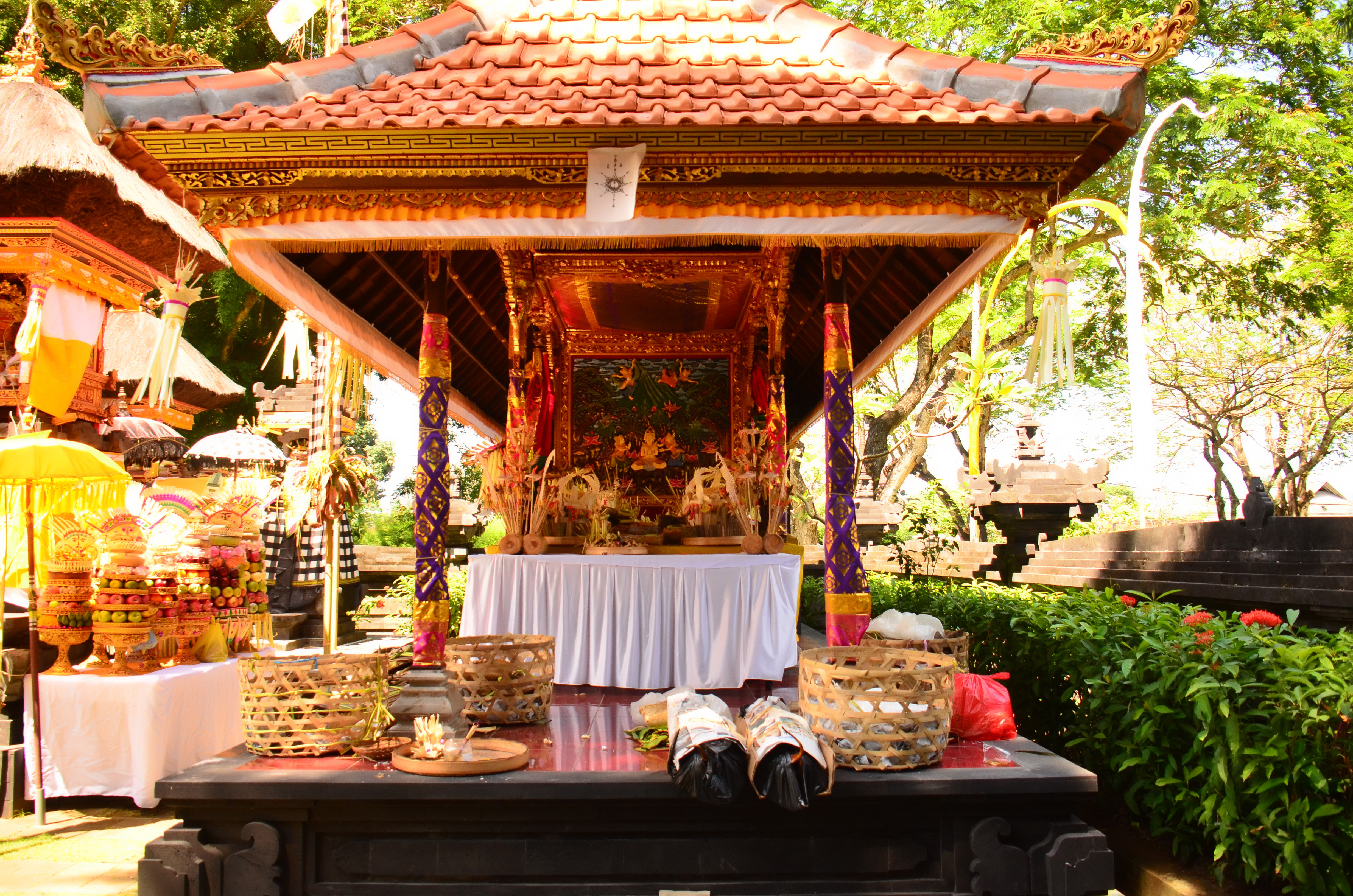 'ODALAN' TEMPLE CEREMONY AT INTERCONTINENTAL BALI RESORT