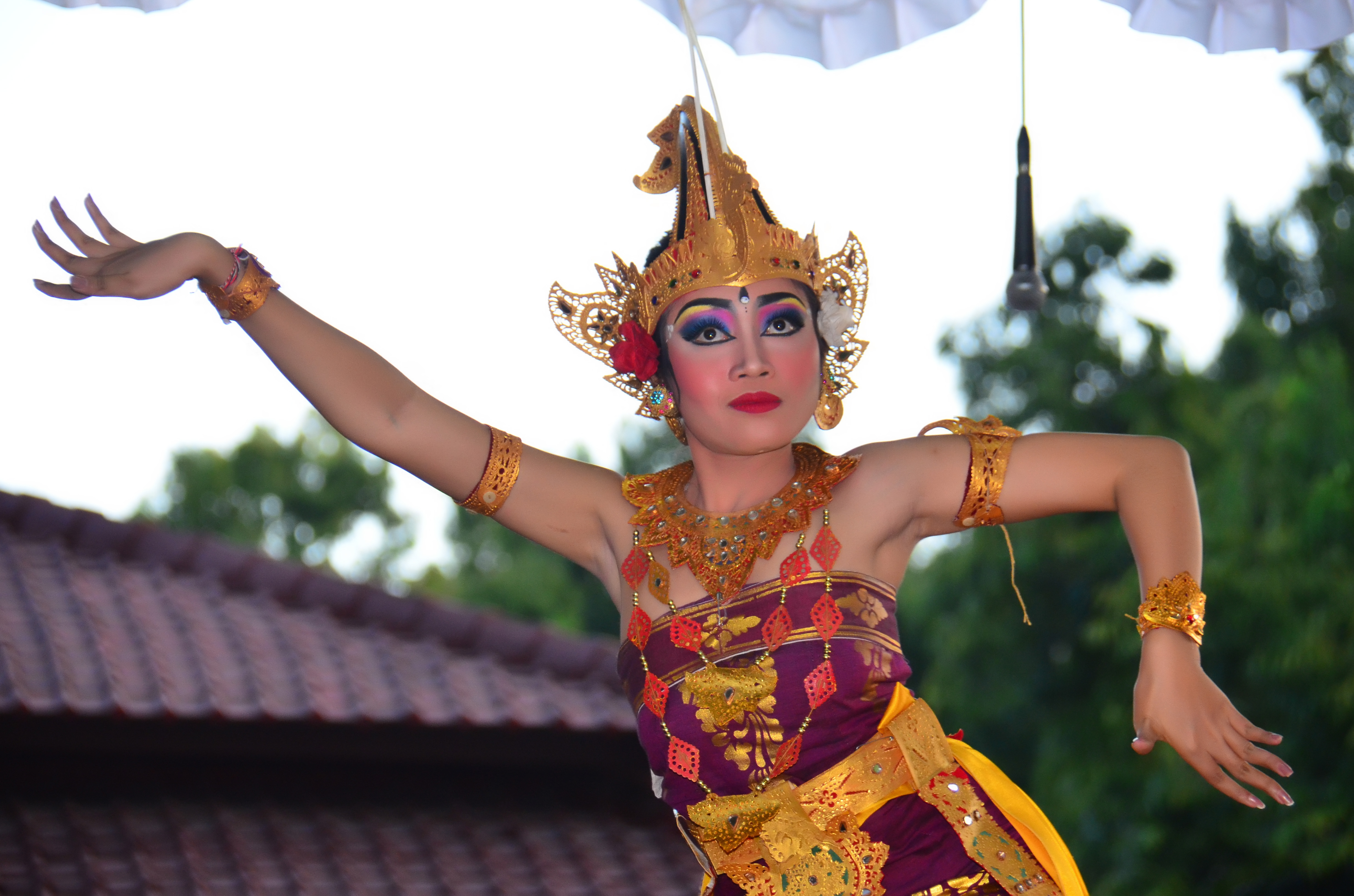 Balinese Dance during ceremony